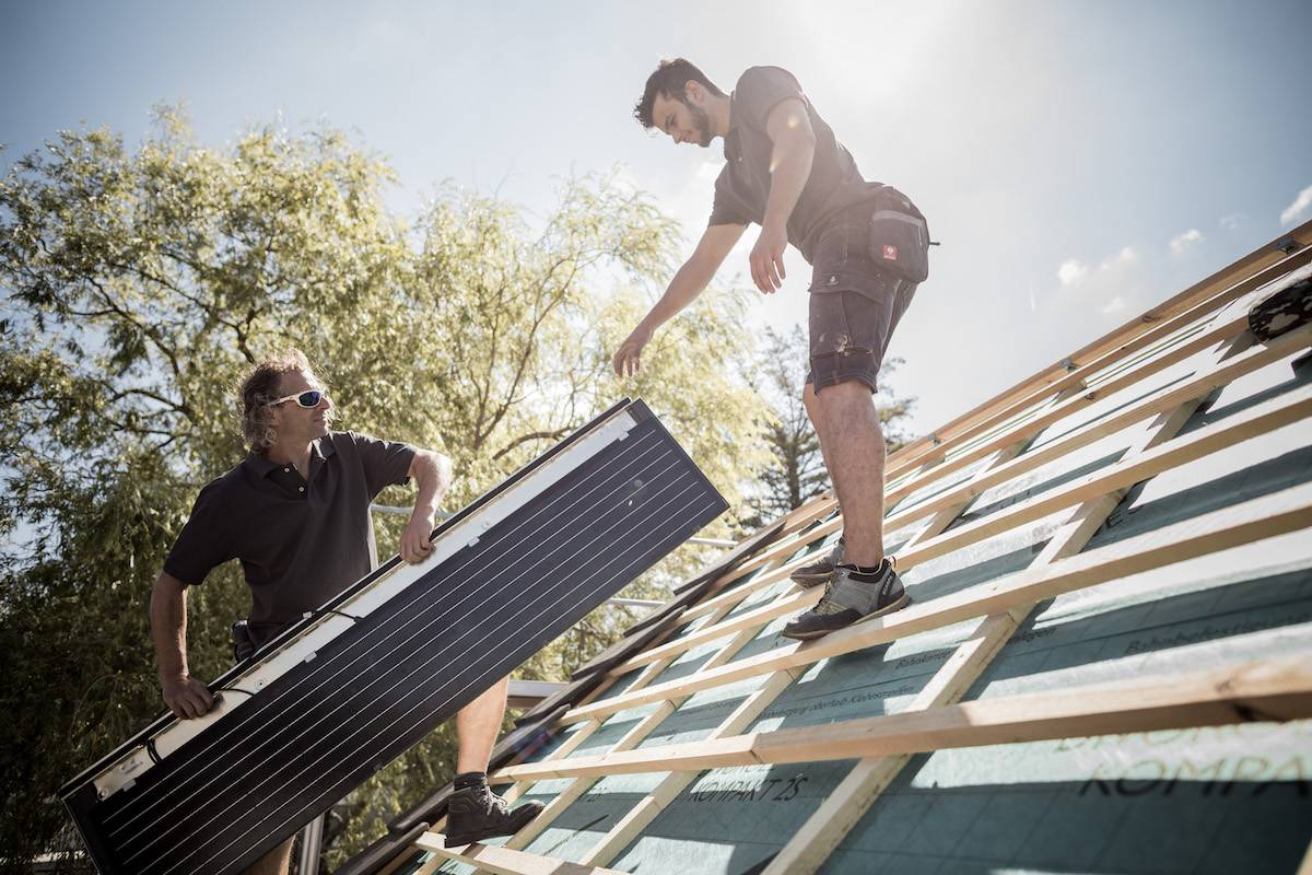 solaranlagen photovoltaik und solarthermie meindach. Black Bedroom Furniture Sets. Home Design Ideas
